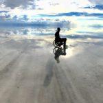 車椅子でウユニ塩湖に行ったら天国と地獄が待っていた